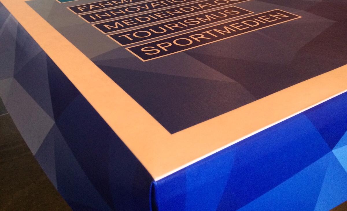 Papiertischdecke, exklusiv, bedruckt, individuell, Werbeträger, Werbebotschafter, SportForumSchweiz